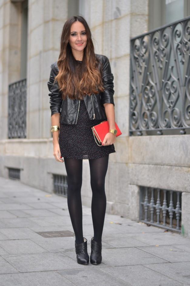 черное платье и кожаная куртка фото