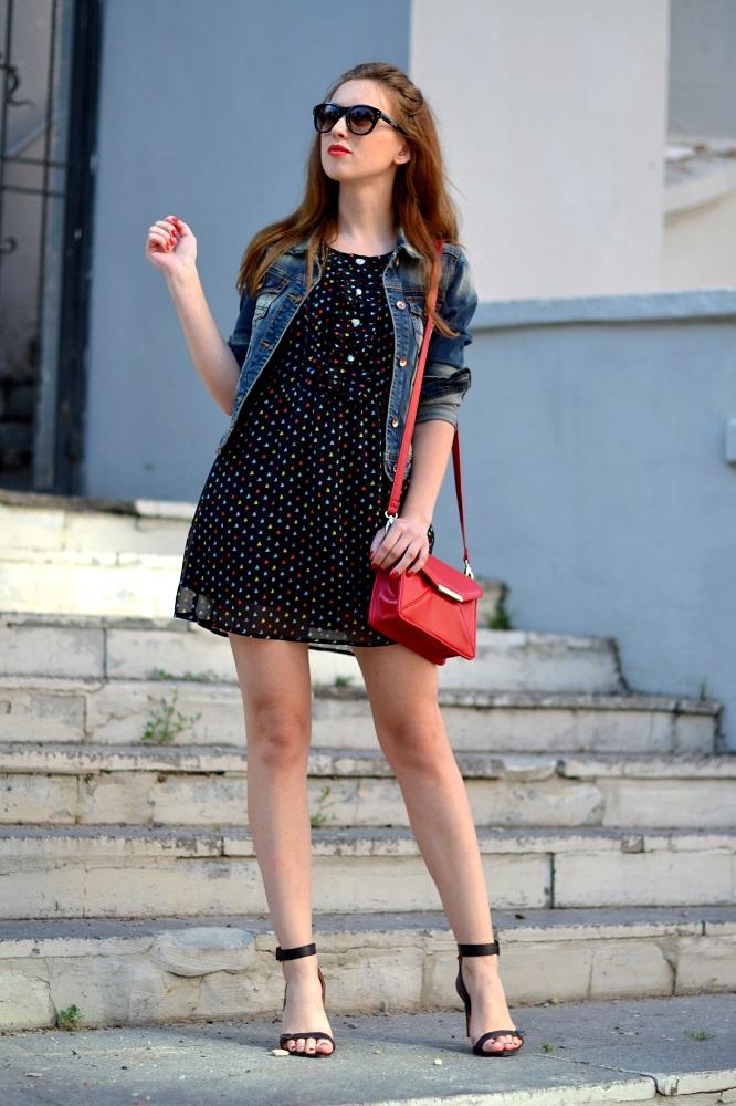 черное платье и сумка фото