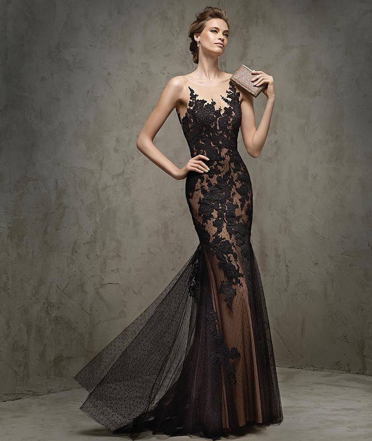 Кружевное платье-годе фото