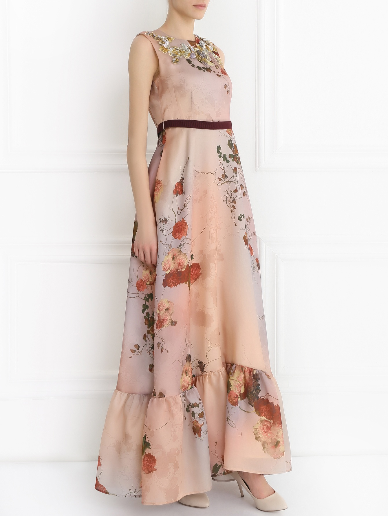 платье из шелка макси
