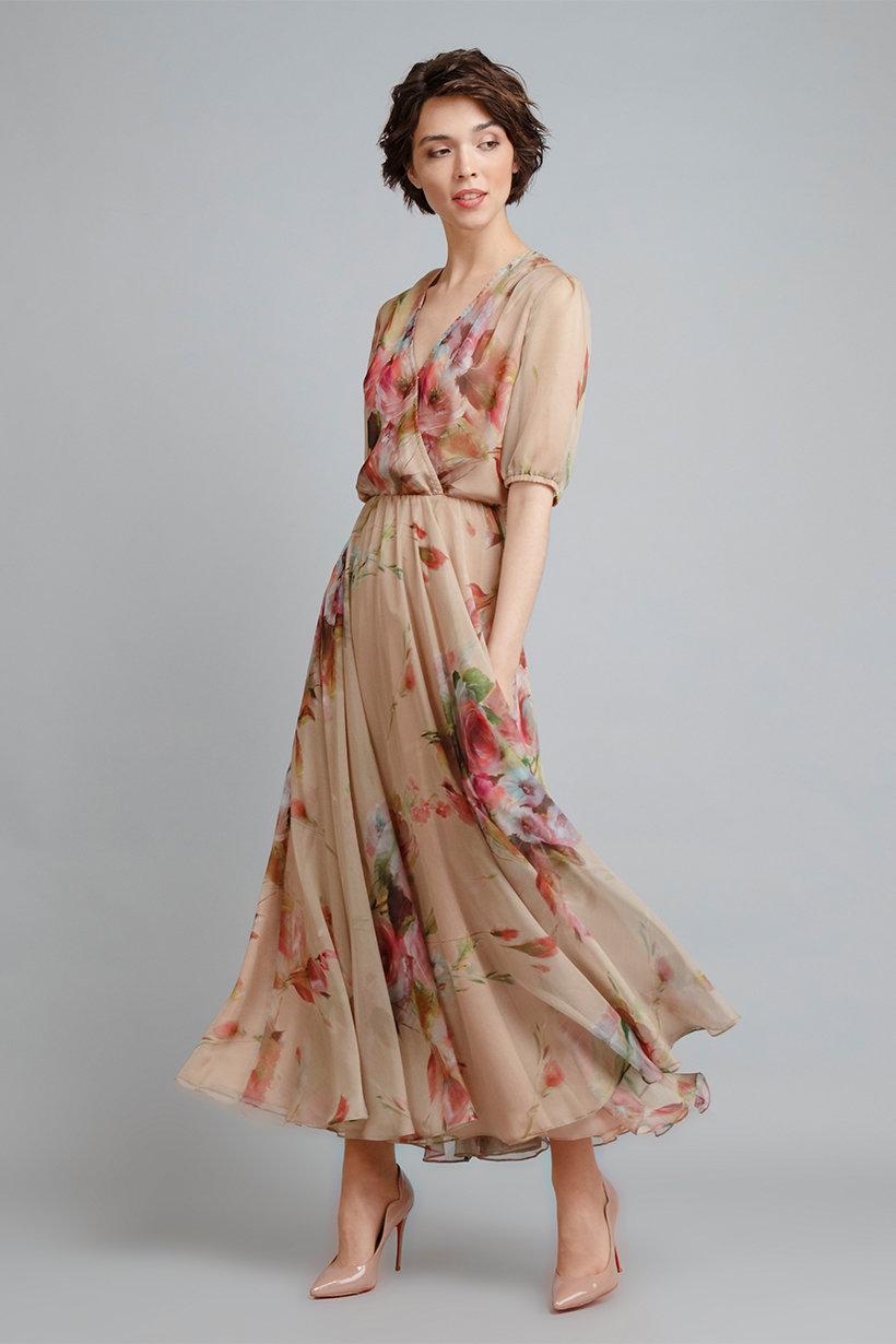 платье из шелка цветочное