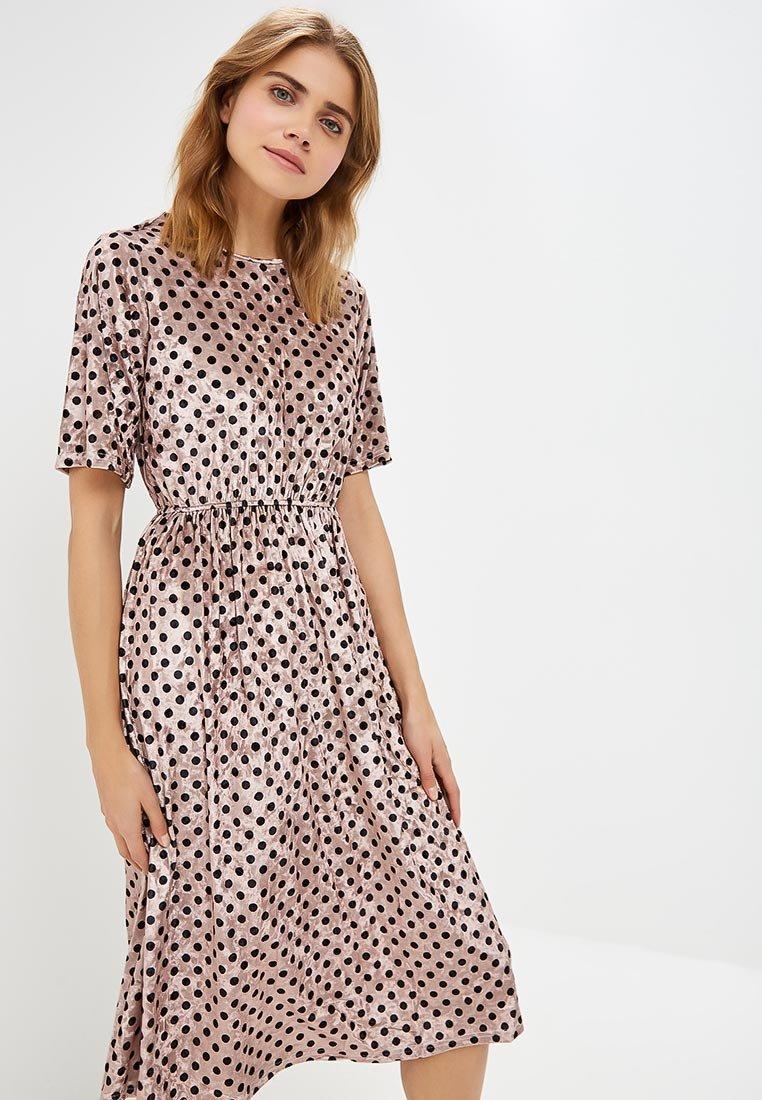 платье из шелка в горошек