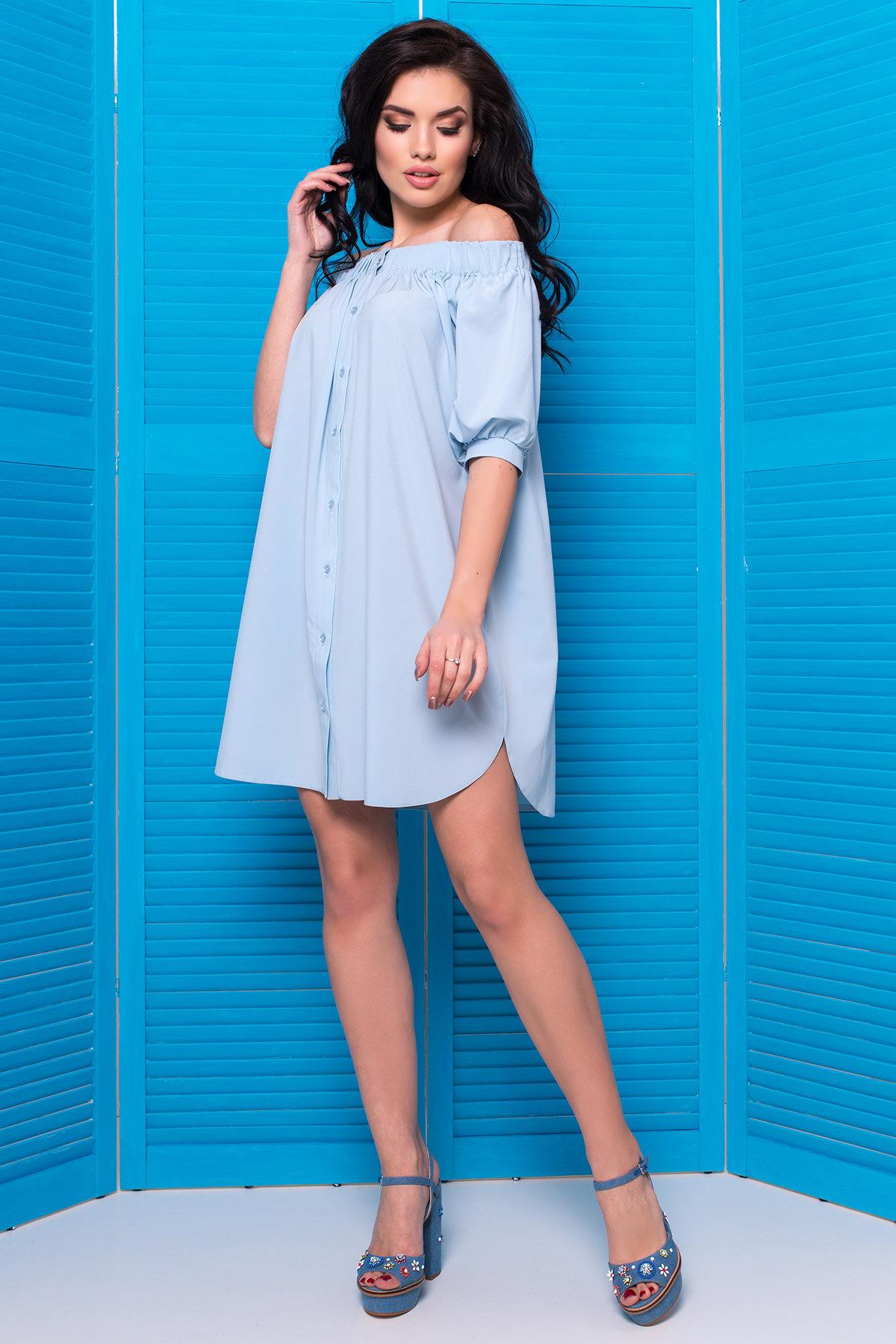 платье свободного кроя голубое