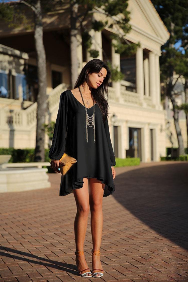 платье свободного кроя украшения