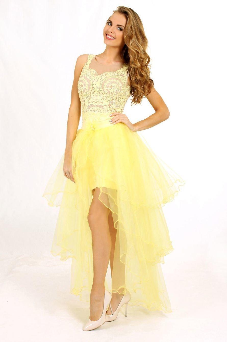 желтое платье на выпускной с корсетом