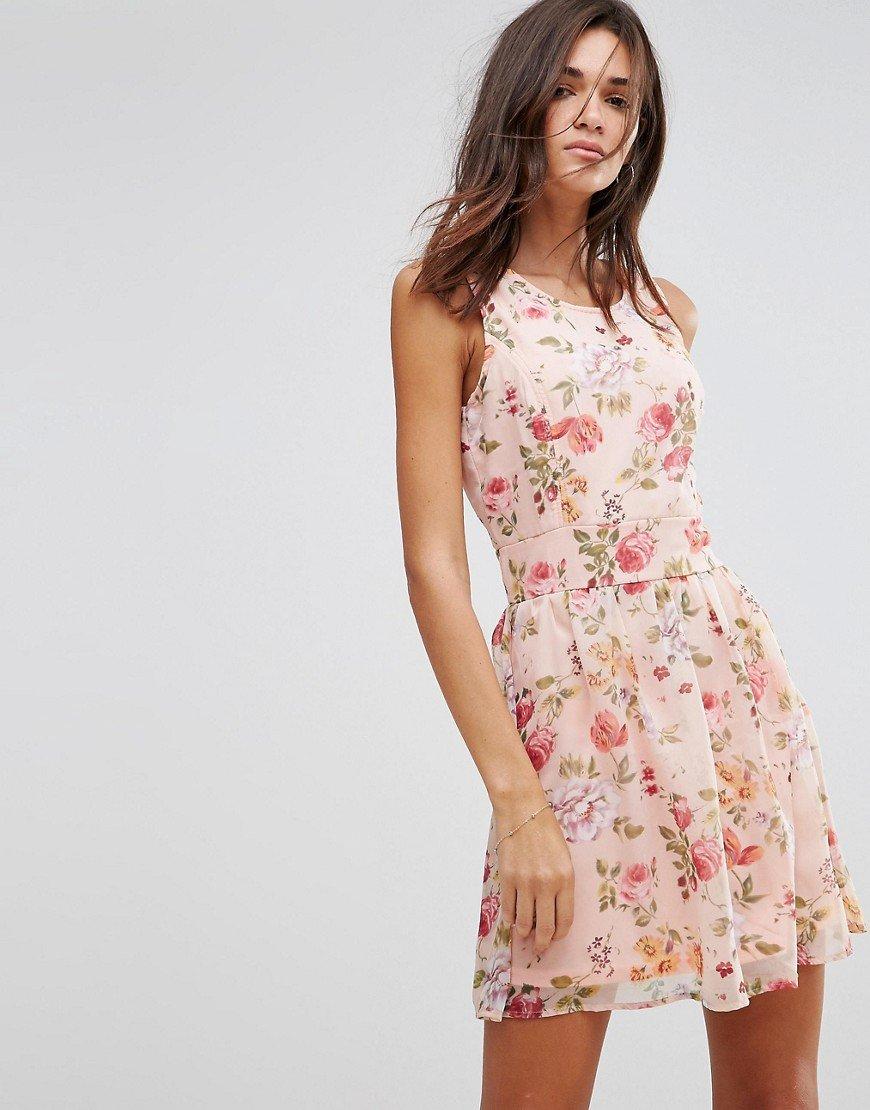 розовое платье с цветами фото