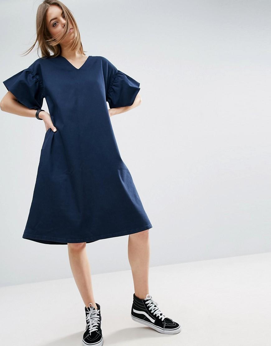 платье трапеция миди