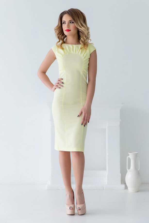 платье с фигурной кокеткой