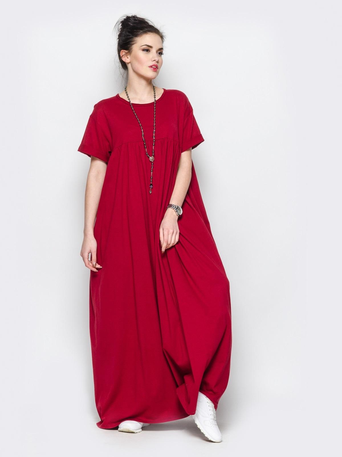 длинное платье свободного кроя фото