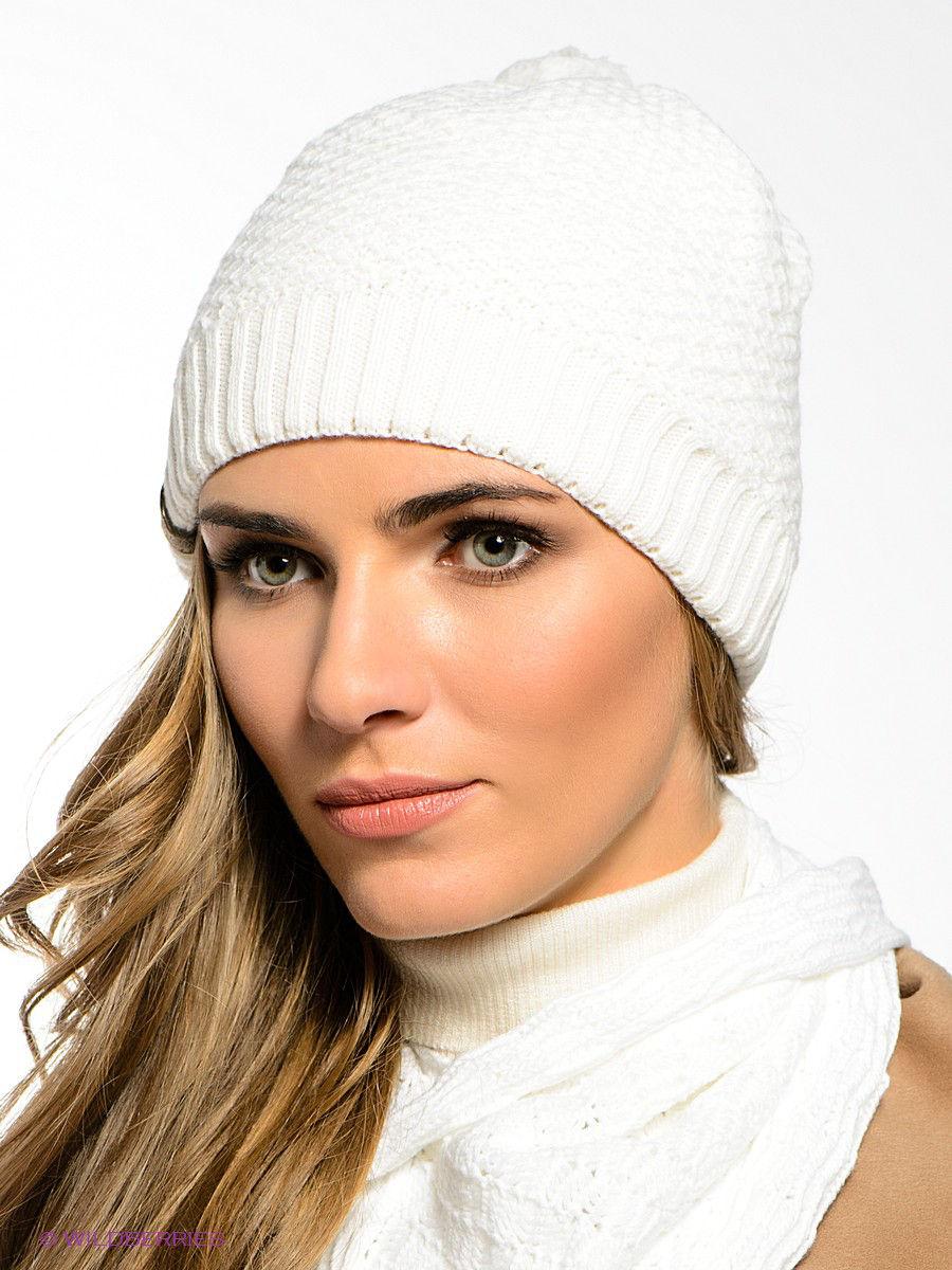 вязаная шапка белая фото