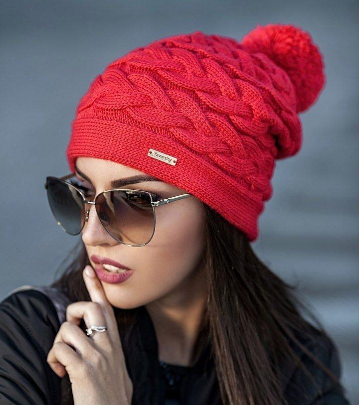 вязаная шапка красная фото