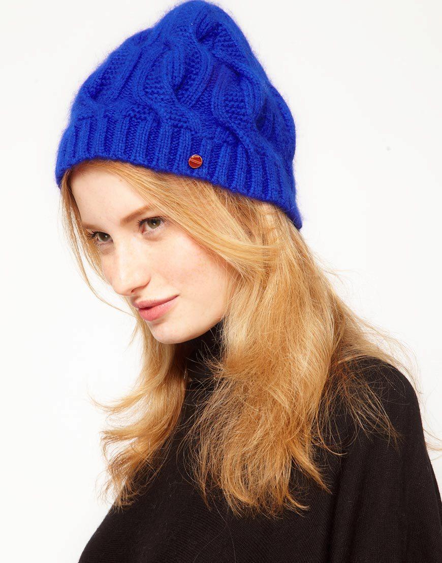 вязаная шапка синяя фото