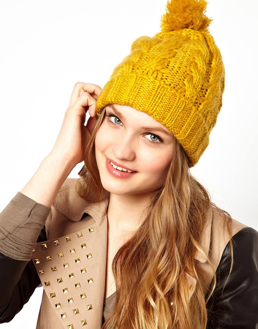 вязаная шапка желтая фото