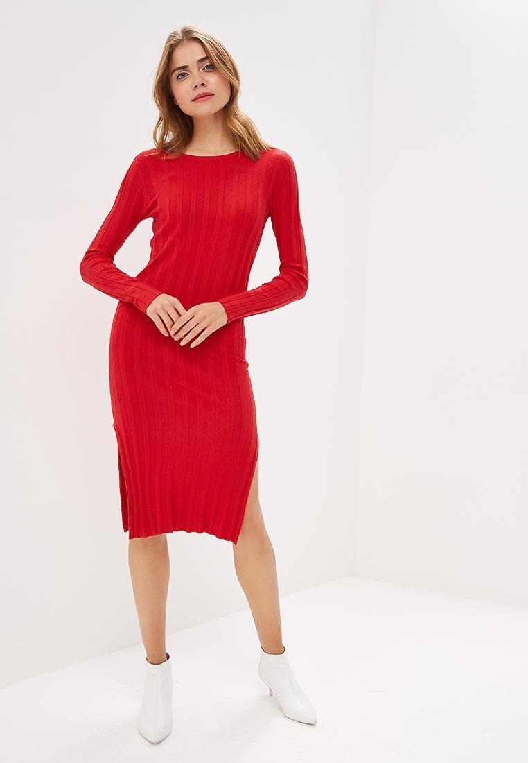 красное платье лапша фото