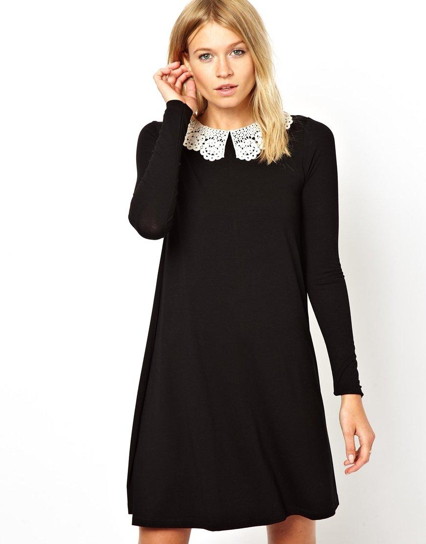 платье с длинным рукавом и воротником