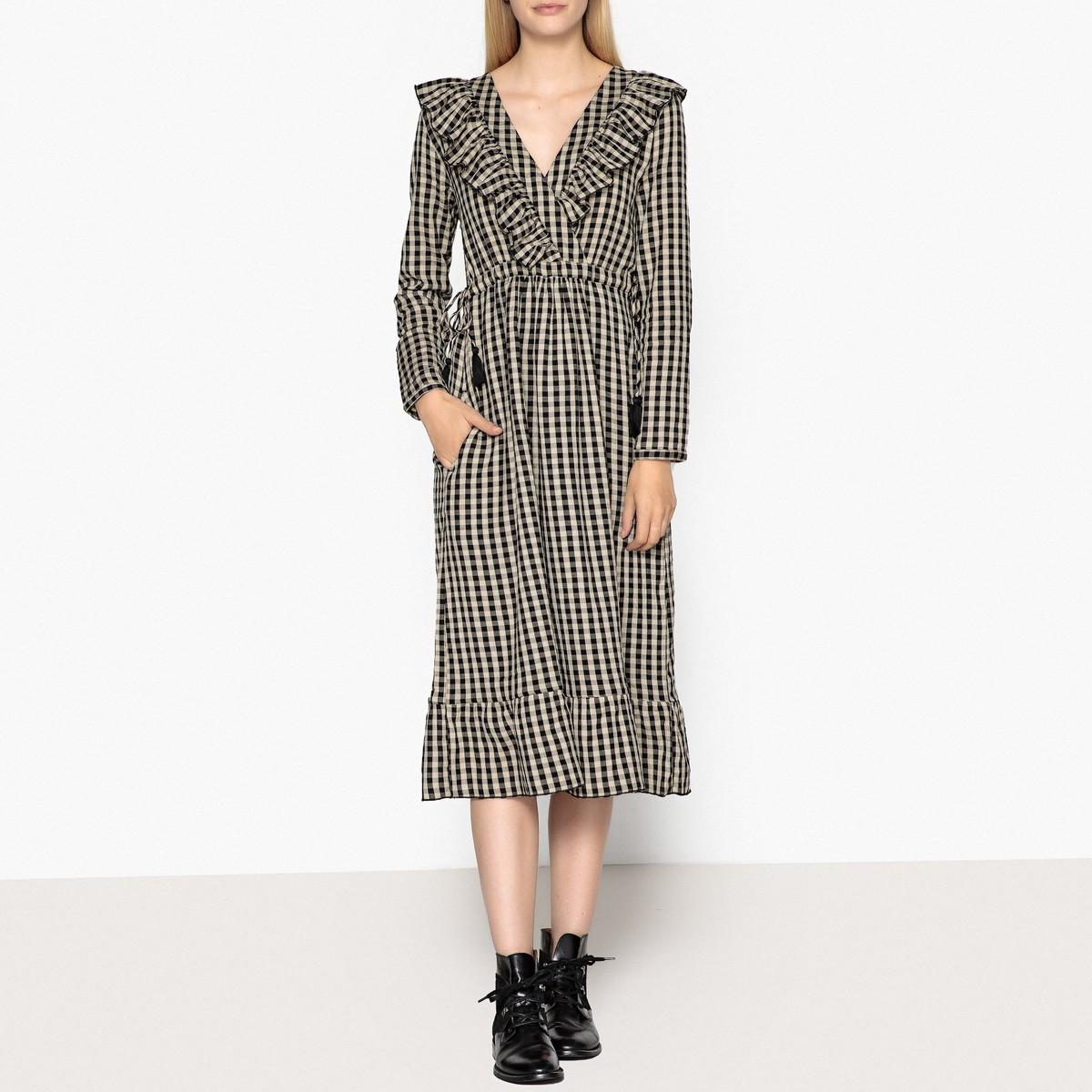 платье с длинным рукавом в клетку фото