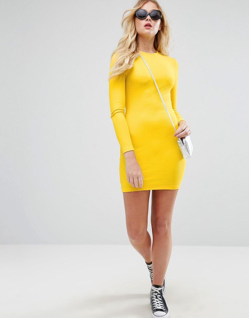платье с длинным рукавом желтое фото