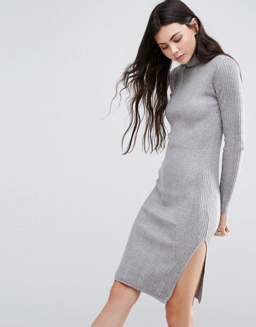 платье с длинным рукавом серое фото