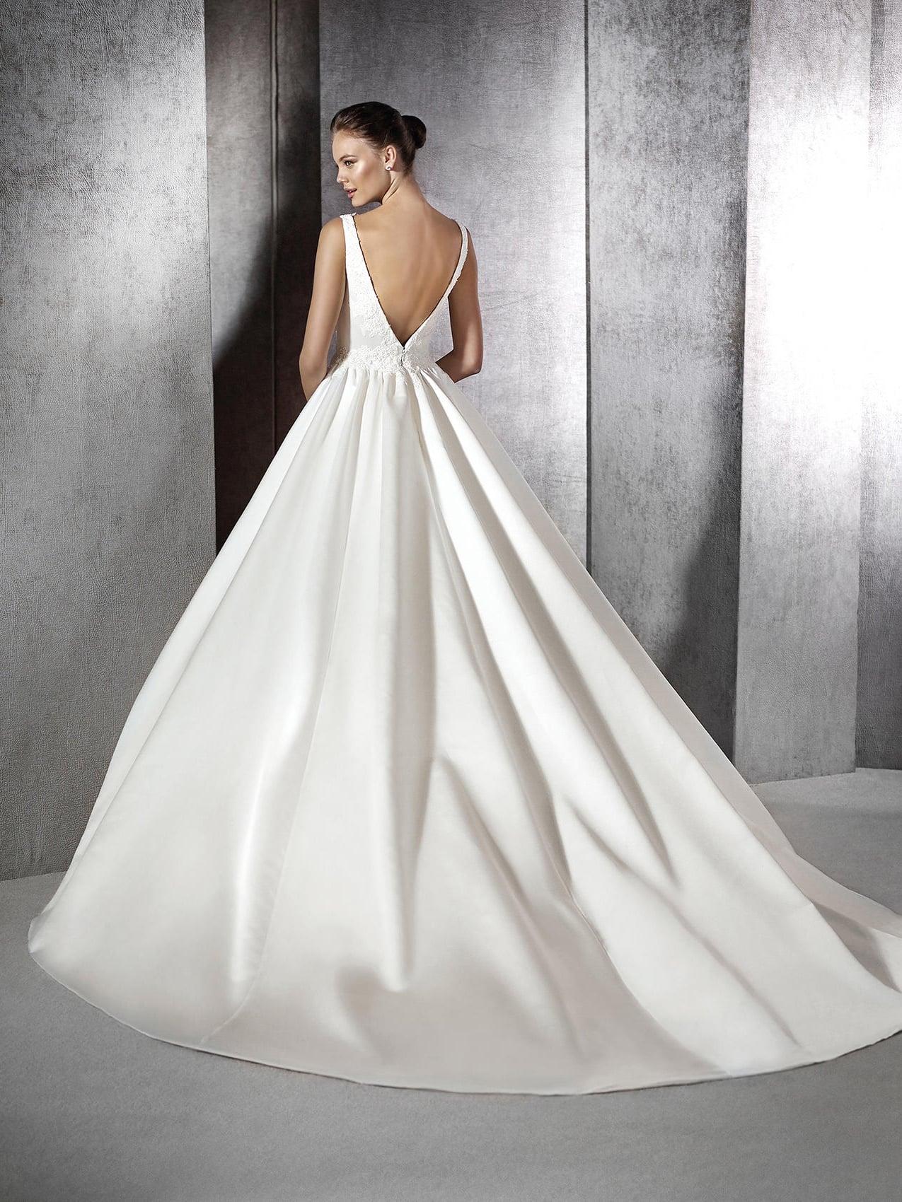 атласное платье свадебное