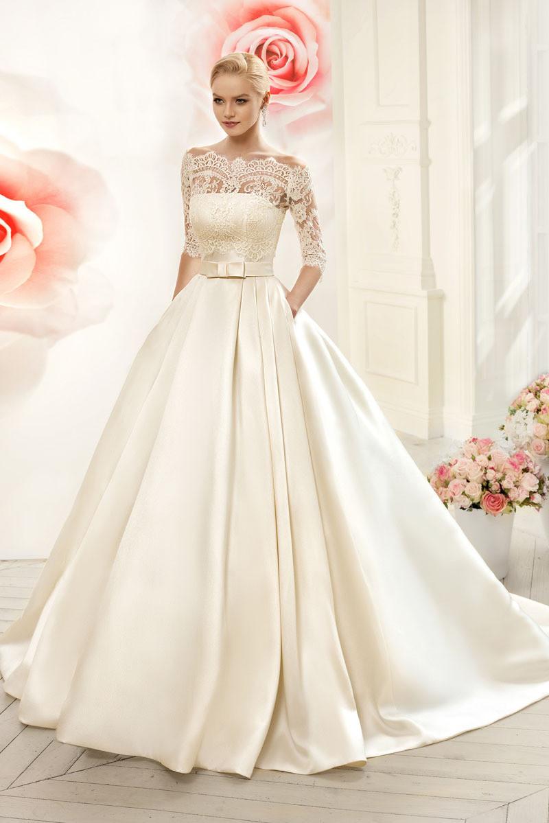 атласное платье свадебное с кружевом