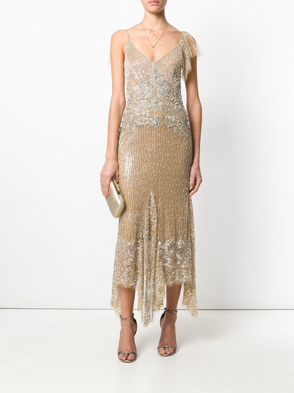 бежевое платье с пайетками
