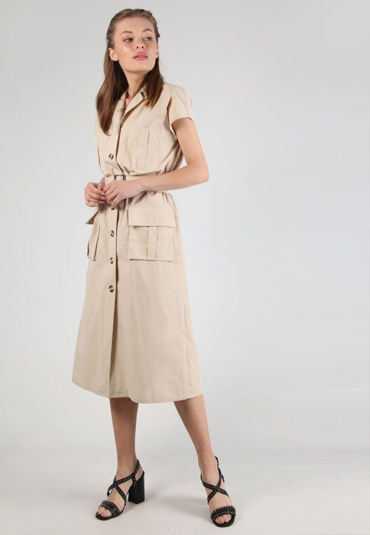 бежевое платье сафари