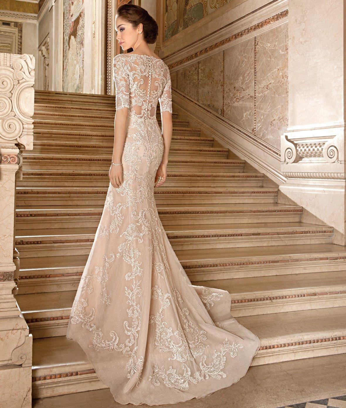 бежевое платье свадебное со шлейфом