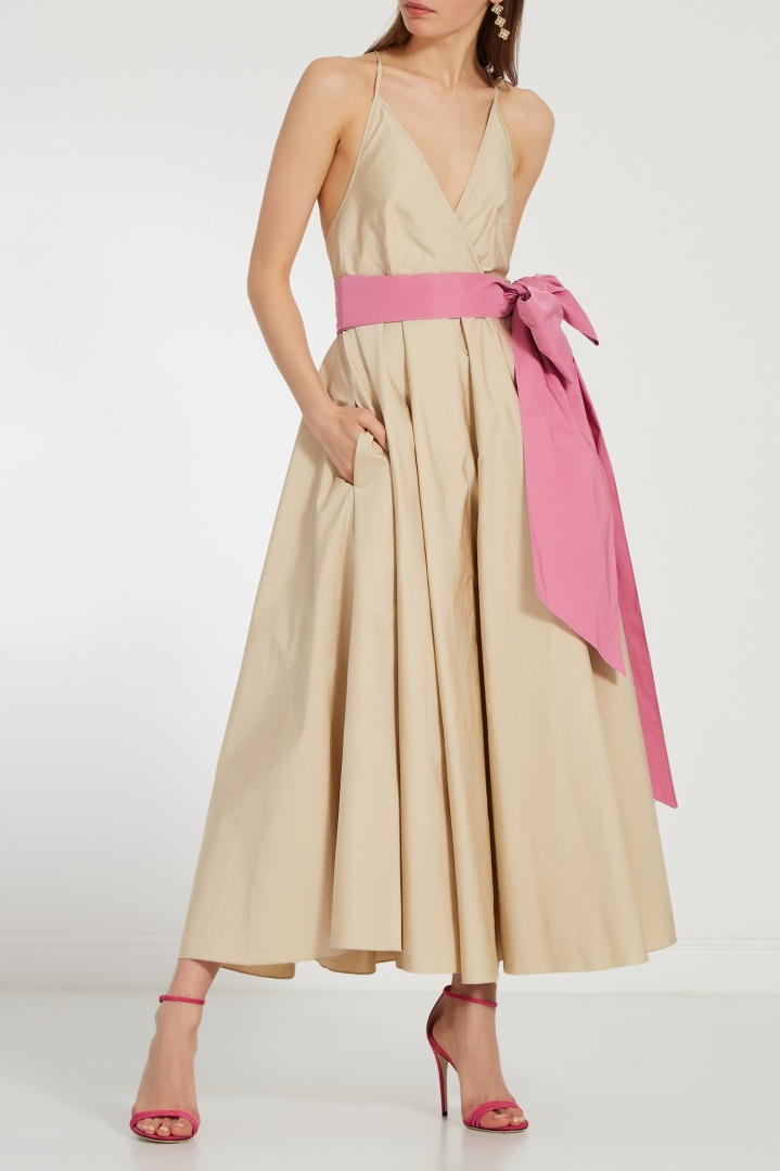 бежево-розовое платье