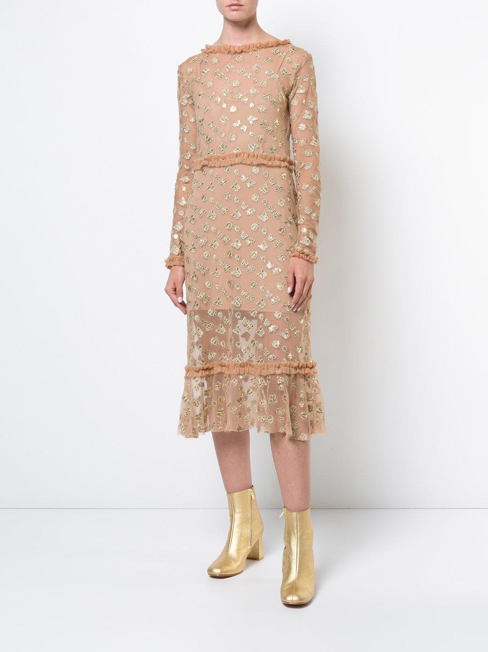 бежевые платья с золотом