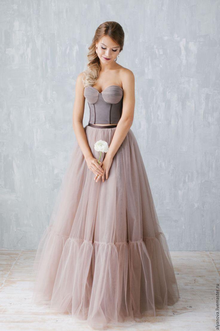 платье из фатина длинное