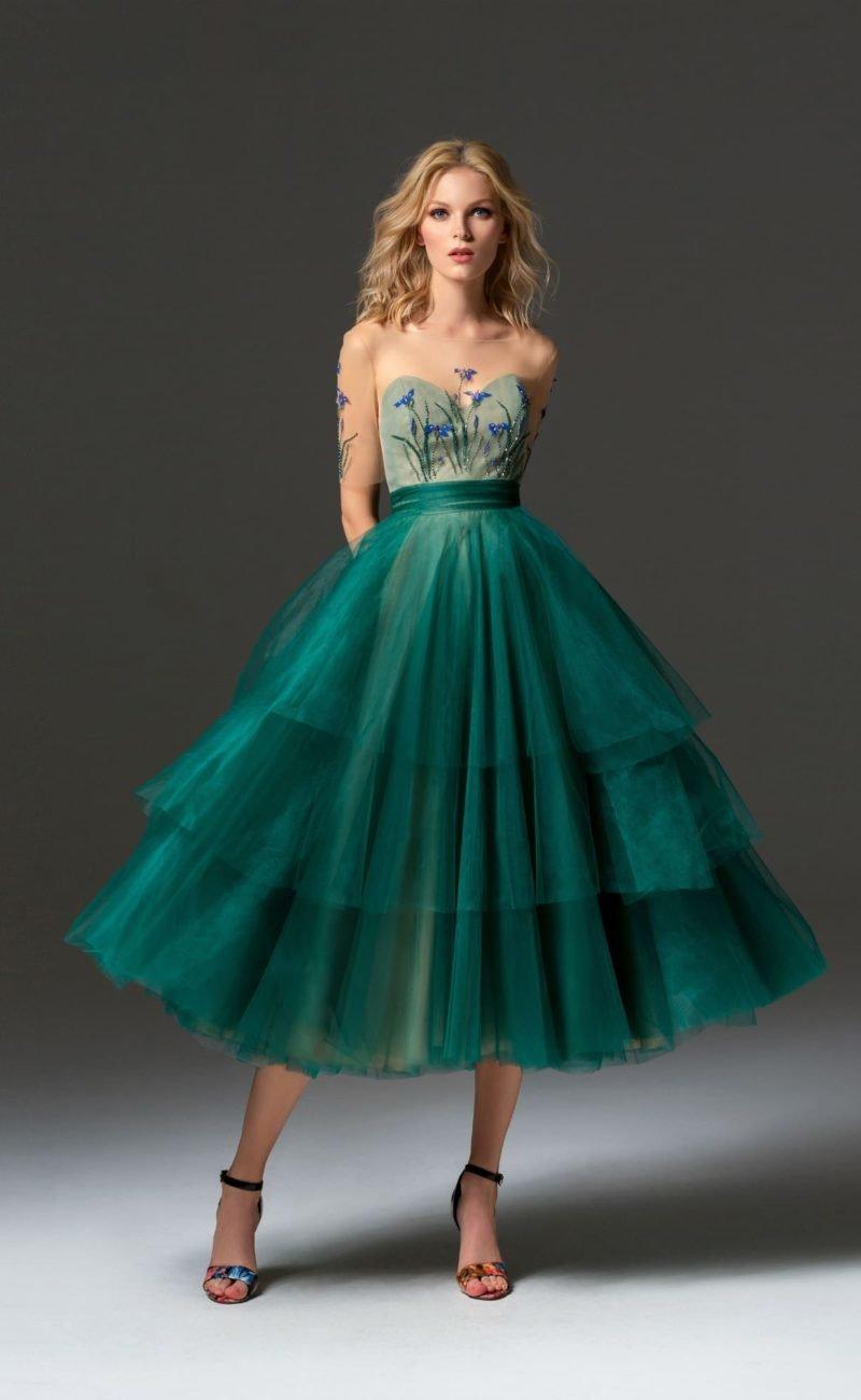 платье фатин зеленый