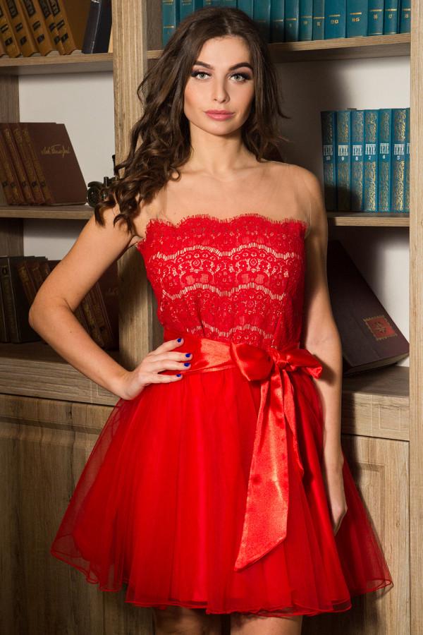 платье фатин красный