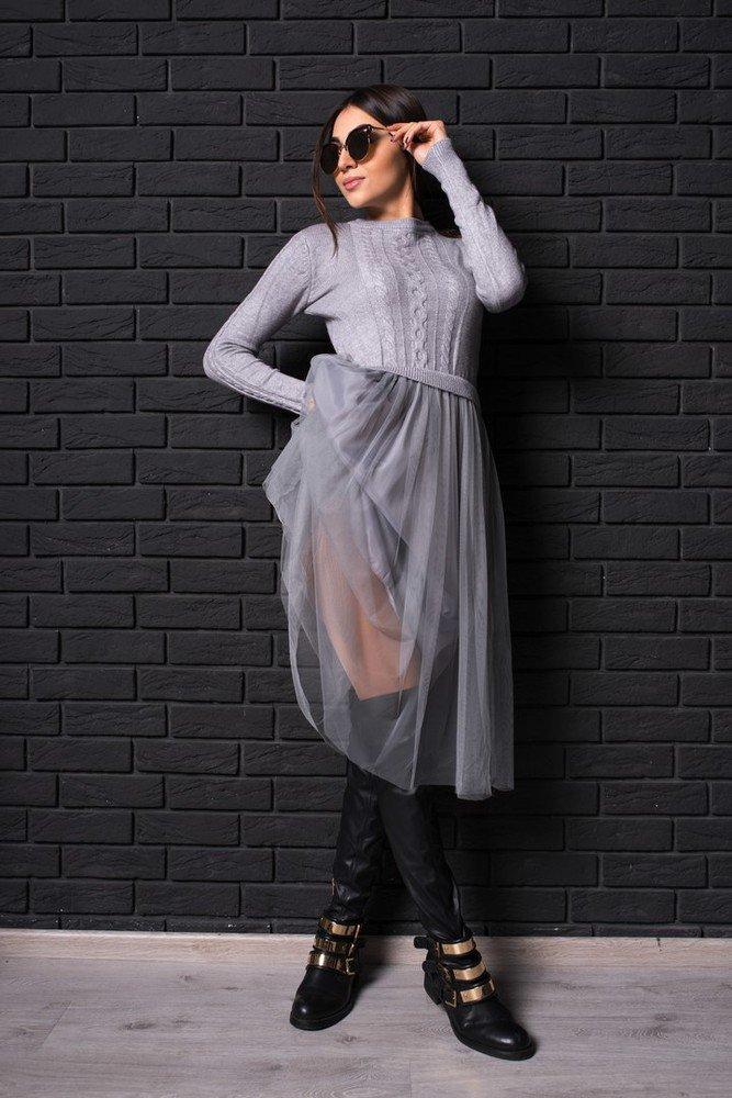 вязаное платье с фатином