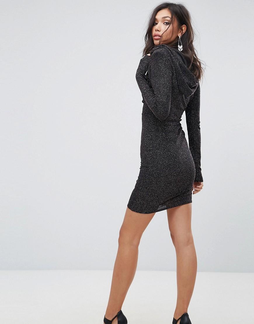 короткое платье с капюшоном фото