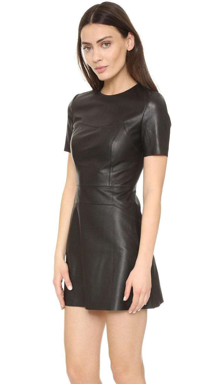 короткое платье кожаное фото