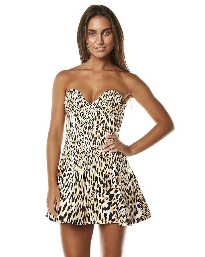 платье короткое леопардовое фото