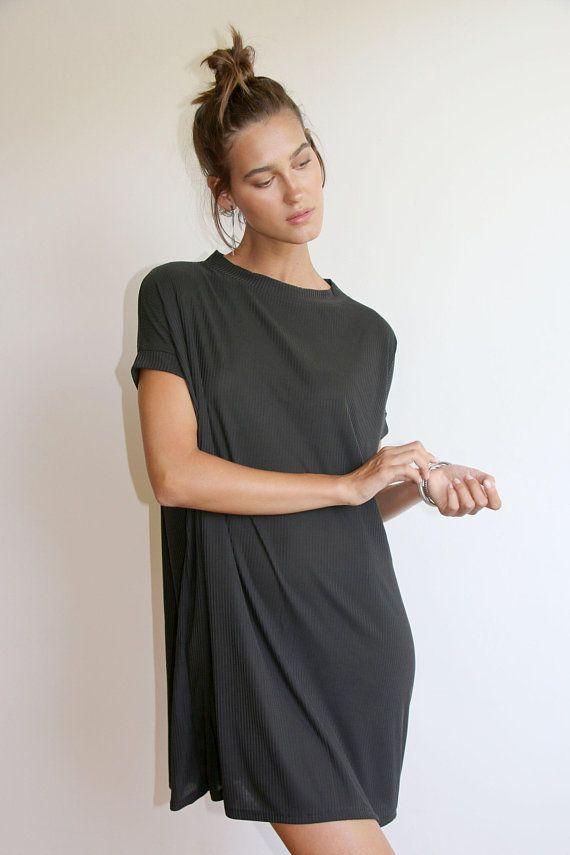 платье туника с коротким рукавом