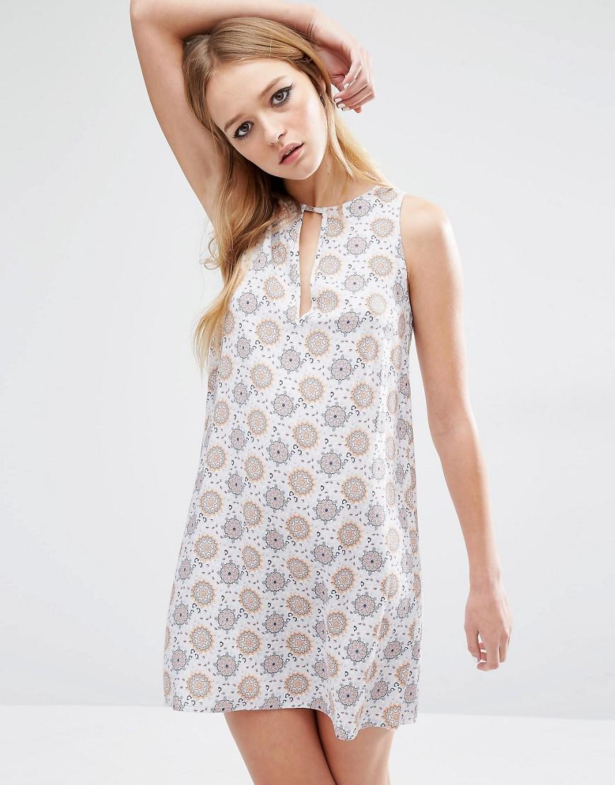 платье туника без рукавов