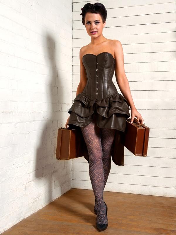 кожаное платье с корсетом