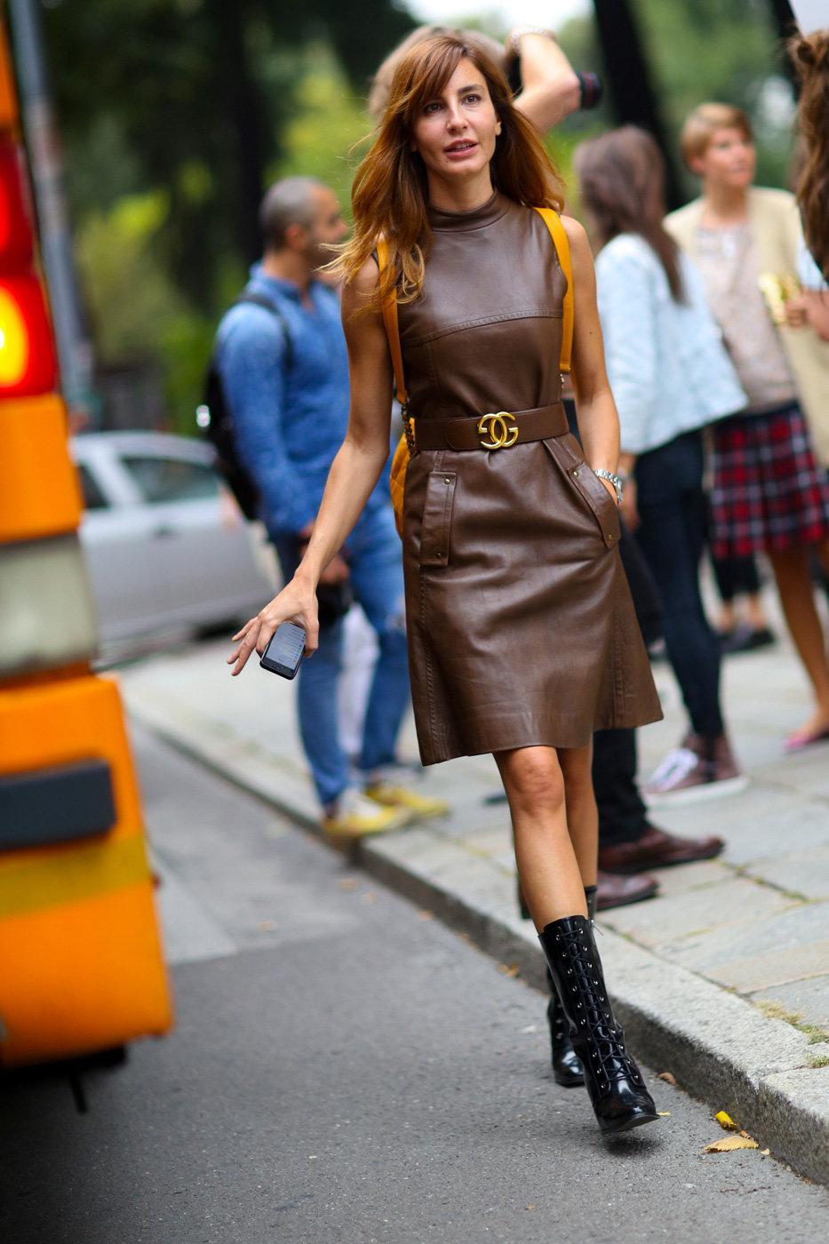 кожаное платье стрит стайл