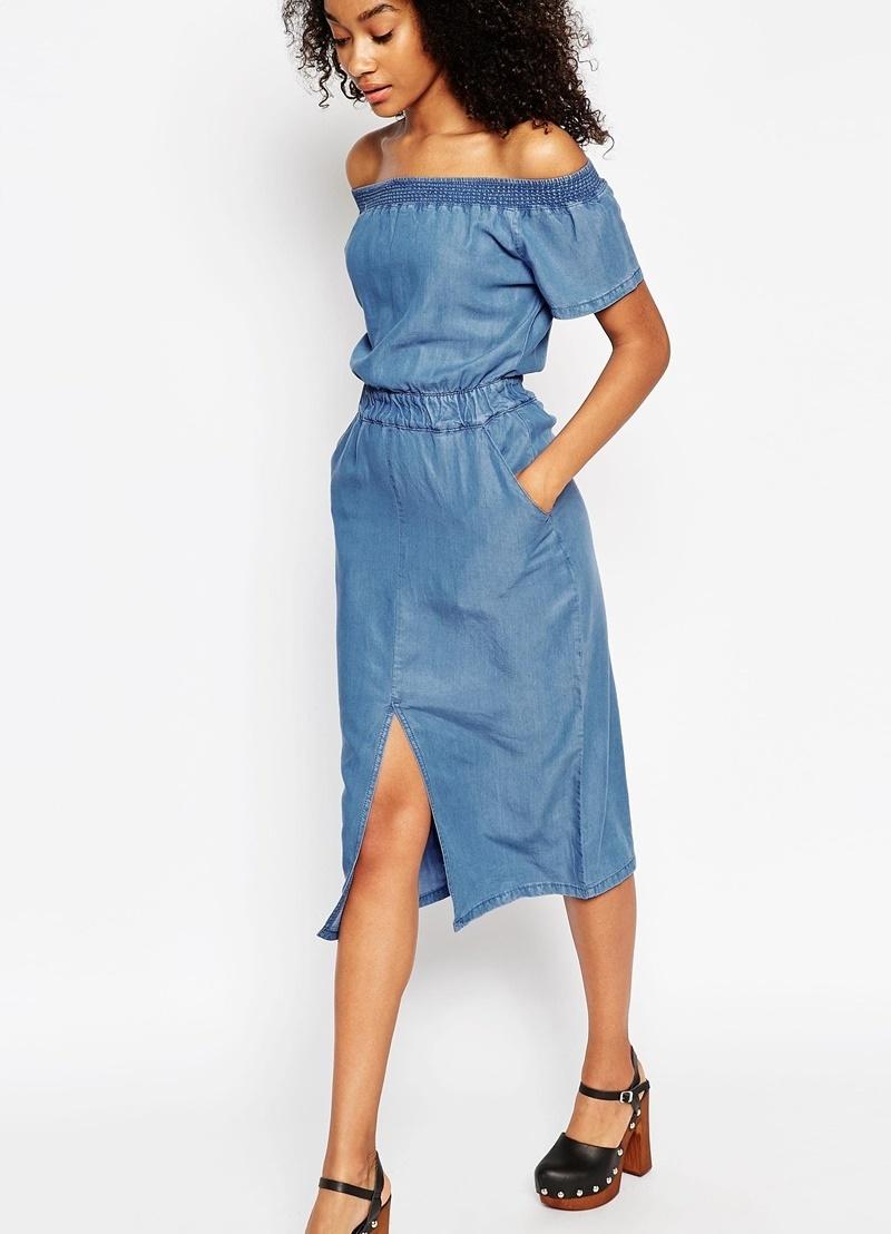 платье с открытыми плечами джинсовое