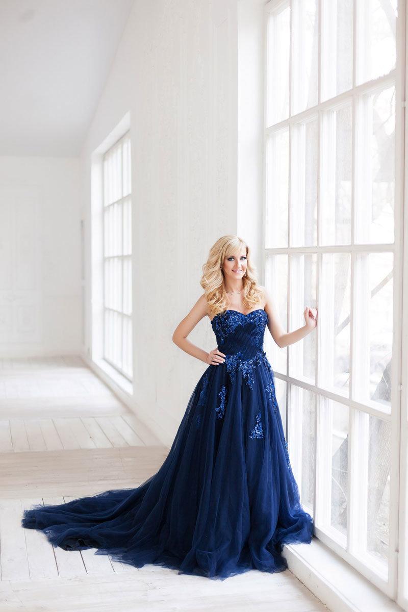 синее платье свадебное фото