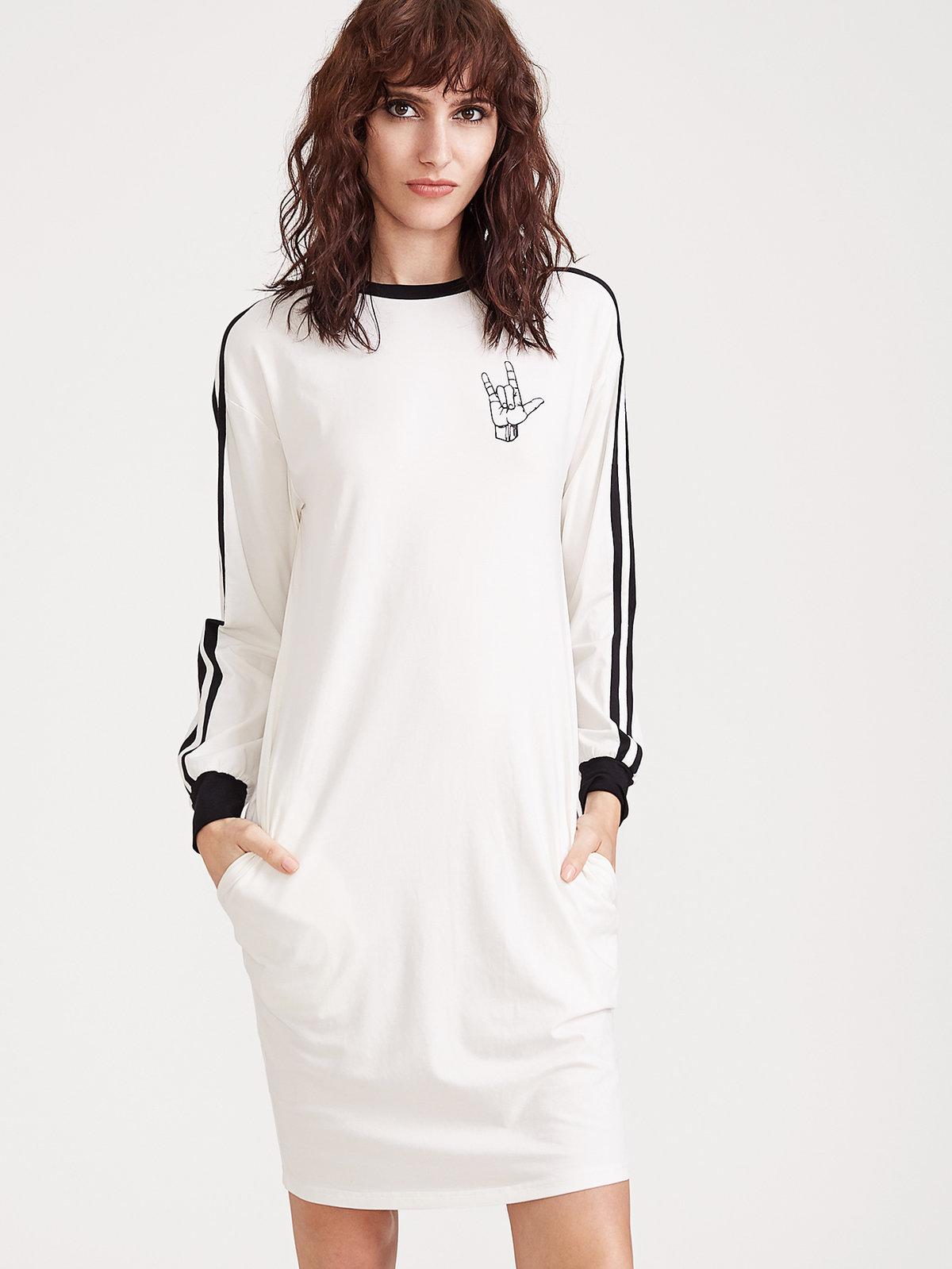 повседневное платье в спортивном стиле
