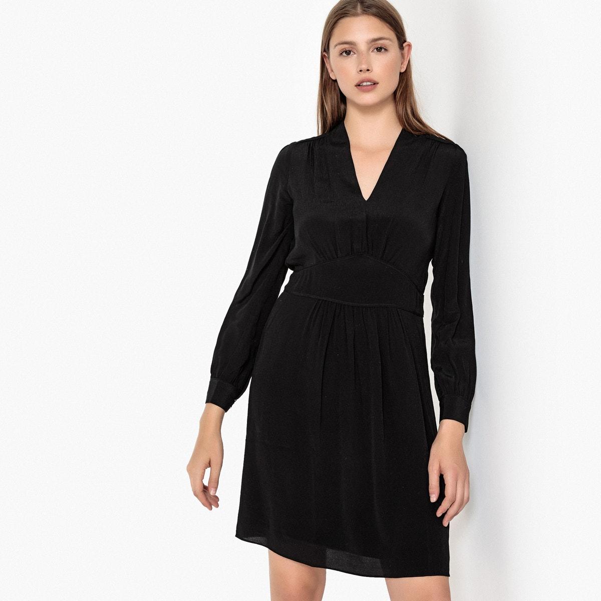 платье с V-образный вырезом