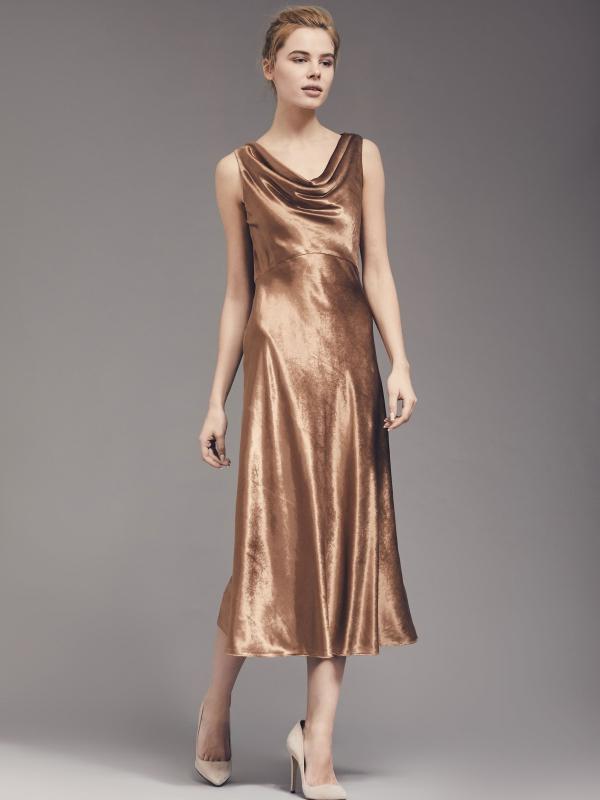 платье с вырезом качели