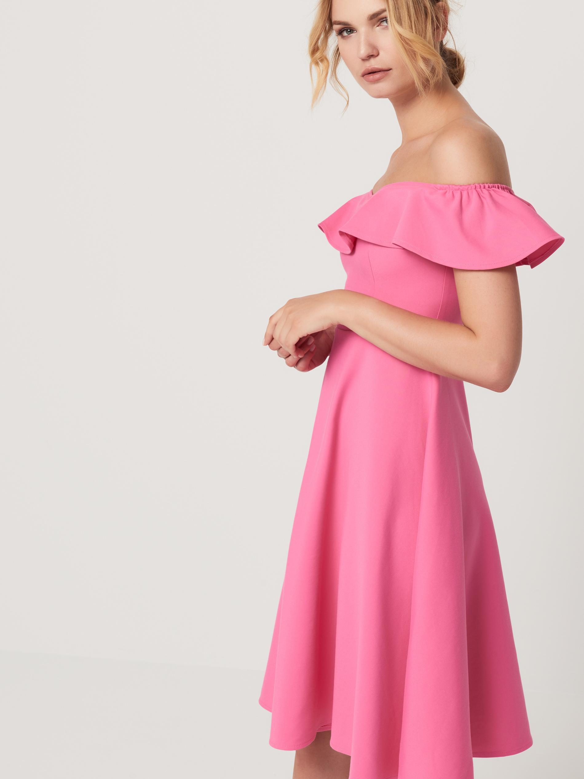 платье с вырезом анжелика