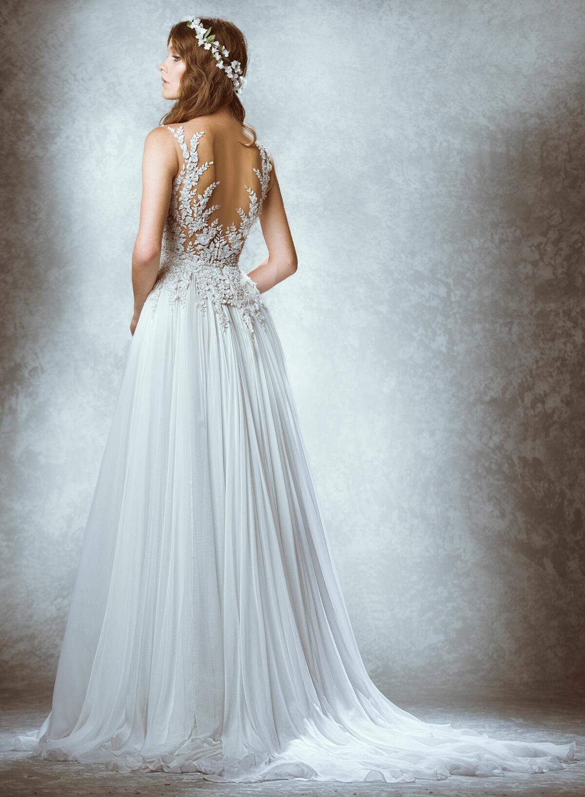 платье с открытой спиной свадебное