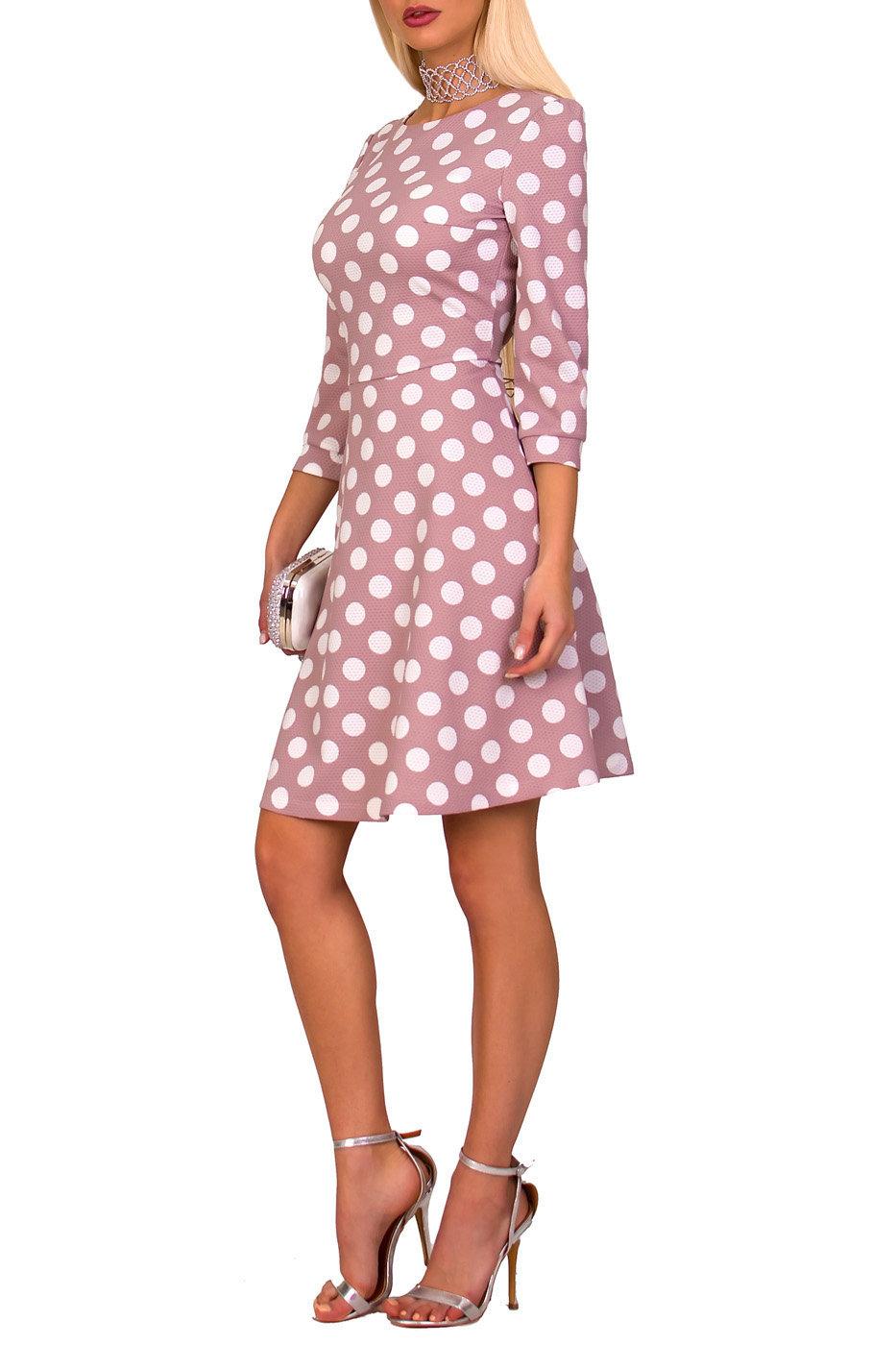 Розовое платье в белый горошек фото