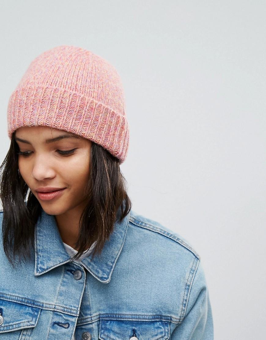 шапка бини розовая фото