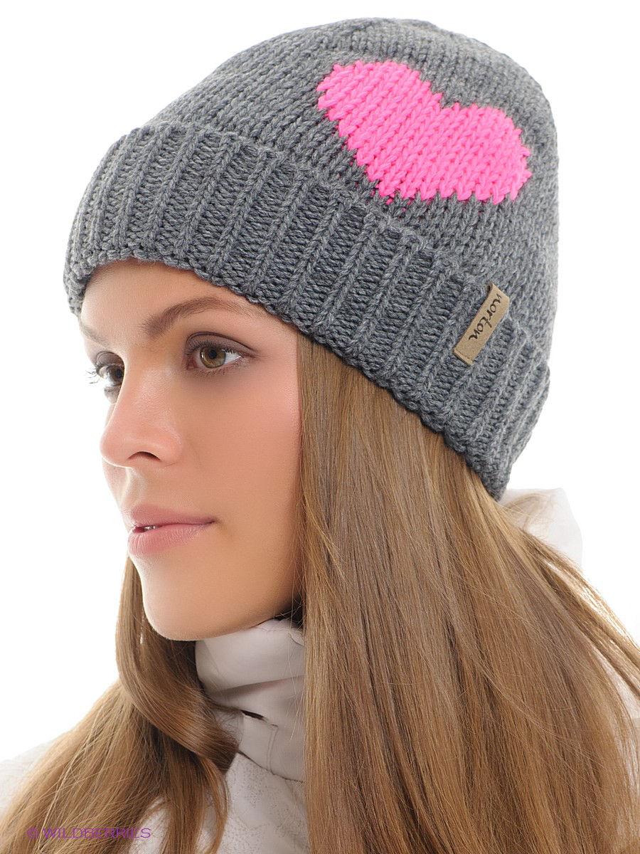 шапка бини с сердечками фото
